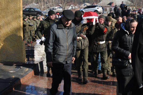 Через 78 лет родственники нашли тело без вести пропавшего солдата (ФОТО)