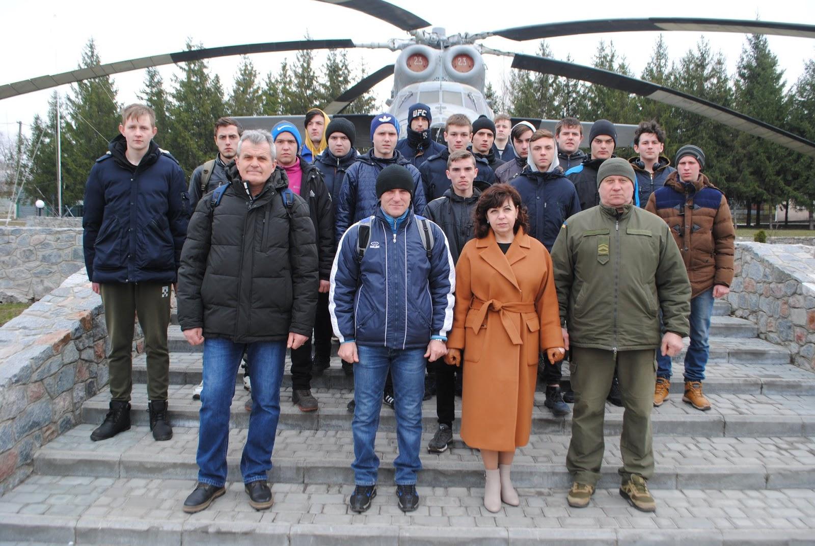 Александрийские студенты посетили воинскую часть