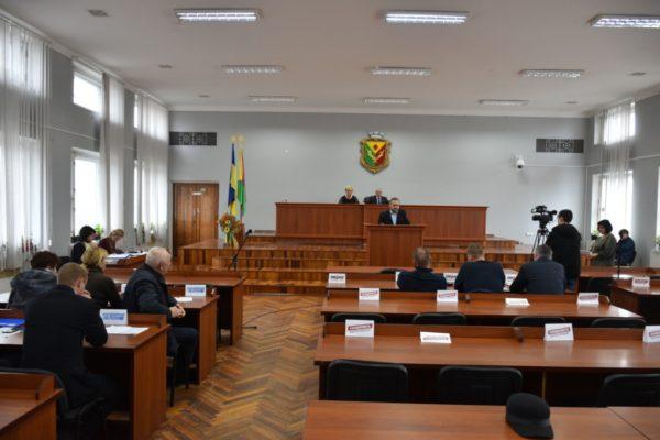 Суд приостановил четыре решения Александрийского городского совета