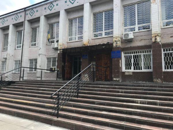 Жителей Александрии просят воздержаться от посещения суда