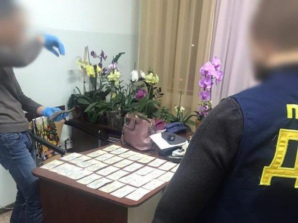 В Александрии задержали начальника управления здравоохранения за требование «откатов»