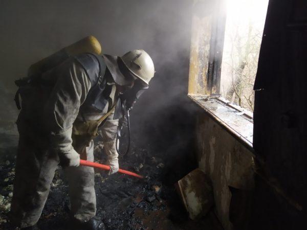 В Новой Праге горело 12 кв. м. вещей и мебели в жилом доме