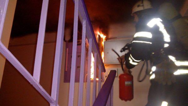 В многоэтажке Александрии произошел пожар