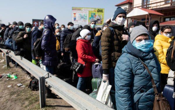 За выходные в Александрию из других стран вернулись более 30 человек