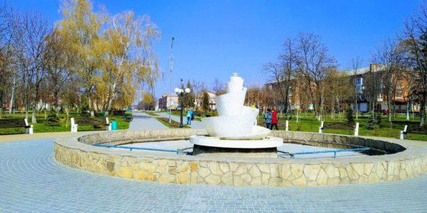 Карантин продлили, но с 11 мая откроются магазины и парки