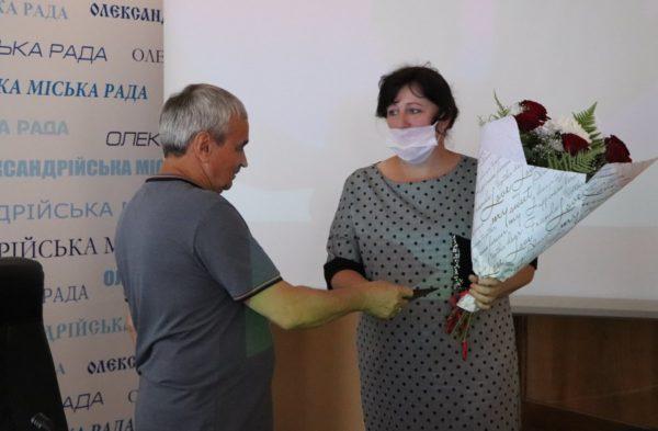 Две александрийки получили награды «Мать-героиня»