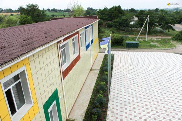 Во второй школе Новой Праги заменили крышу и продолжают реконструкцию на 46 млн. грн