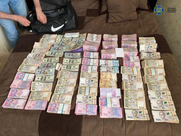 Андрей Балонь вместе с сообщником попались на получении части взятки от 1,8 млн. грн.