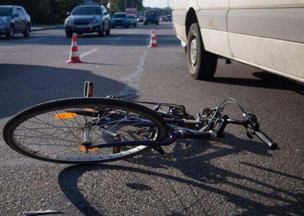 В Александрии «Жигули» сбили велосипедистку, женщина - в реанимации