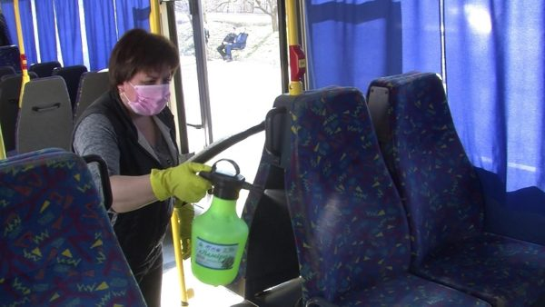 Городские автобусы проверили на соблюдение карантинных требований