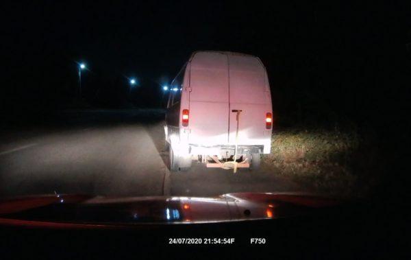 Патрульные остановили пьяного водителя грузопассажирского автомобиля