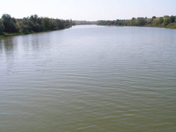 Голову мужчины, тело которого обнаружили в реке, так и не нашли
