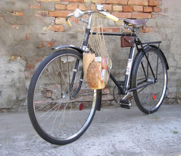Трое мужчин украли из дома 62-летнего александрийца велосипед «Украина»