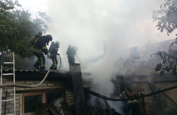 В Александрии и районе горели частные дома (ФОТО)