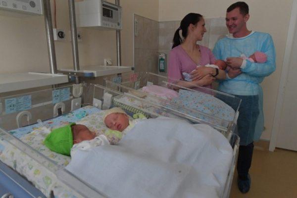 В Александрии в августе родились две двойни