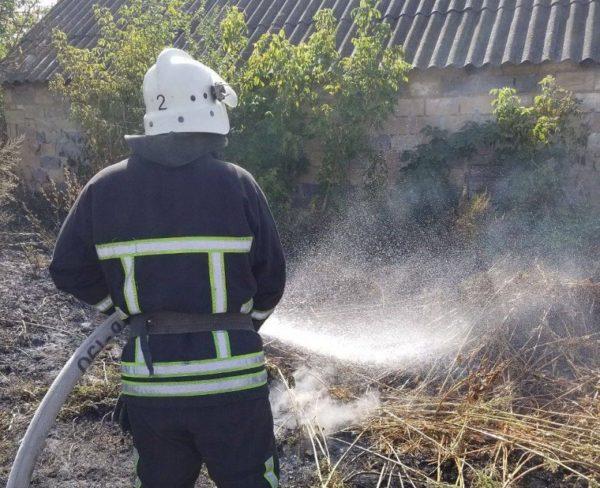Александрийку, у которой горел дом, с ожогами госпитализировали в больницу