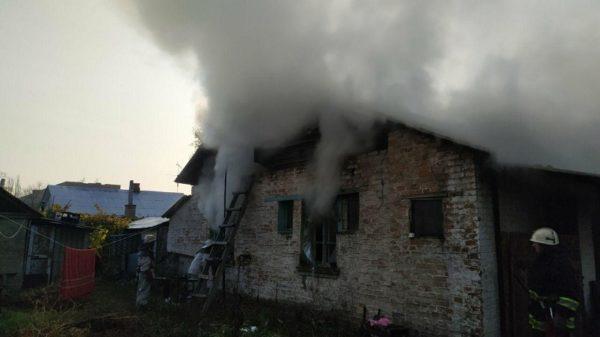 В Александрии во время тушения пожара спасатели обнаружили тело 68-летнего хозяина дома (ФОТО)