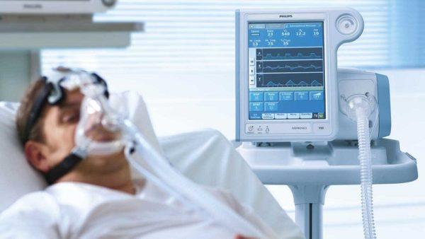 В Александрии 320 больных пневмонией, из них трое подключены к аппаратам ИВЛ