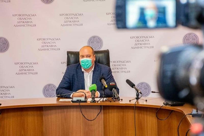 Олег Рыбальченко пояснил, при каких условиях пациентов с COVID-19 должны госпитализировать