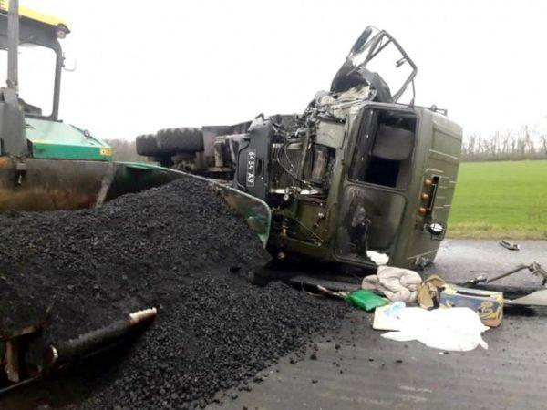 В Кировоградской области в ДТП погибли два работника дорожной службы
