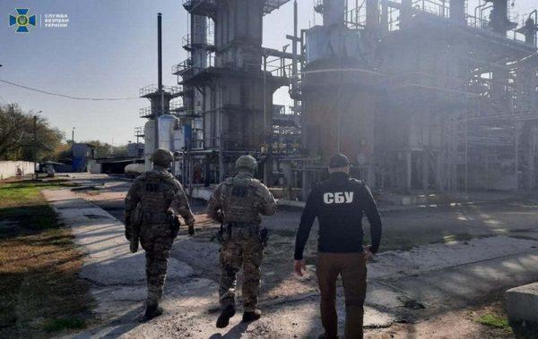 В Кировоградской области разоблачили схему нелегальной продажи бензина через АЗС пяти областей (ФОТО)