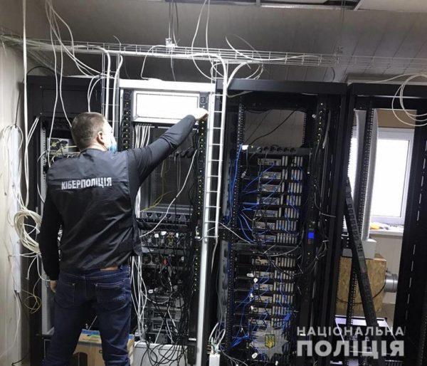 Житель Кировоградской области нанес ущерб украинским телеканалам на 7 млн. грн (ВИДЕО)