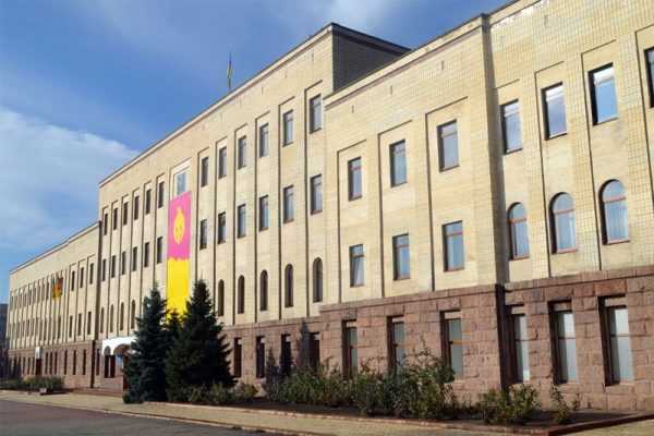 В Кировоградский областной совет прошли 7 партий (СПИСОК)