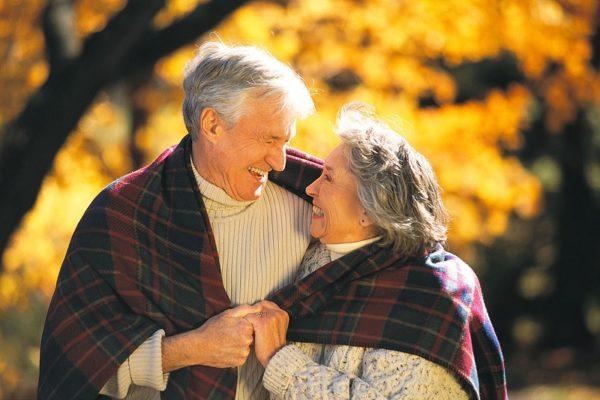 В Александрии поженились 94-летний мужчина и 81-летняя женщина