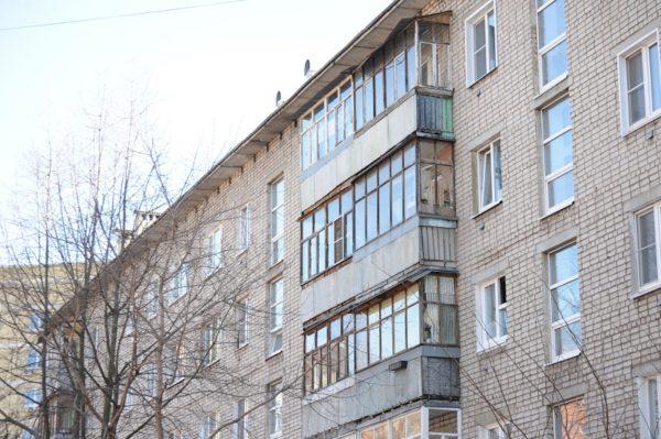 40-летний александриец выпал из окна 5-го этажа на улице Героев Сталинграда