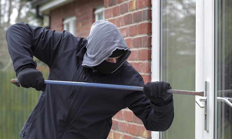 35-летнего мужчину разоблачили в нескольких кражах имущества из домов александрийцев