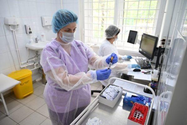 Сколько сегодня в Александрии больных коронавирусом и пневмонией?