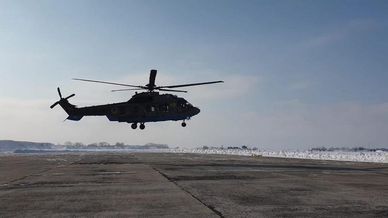 Александрийских авиаторов обучали летать на новых вертолетах французские летчики-инструкторы (ФОТО)