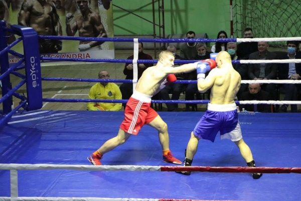 В Александрии состоялся турнир по профессиональному боксу памяти Алексея Скичко (ФОТО)