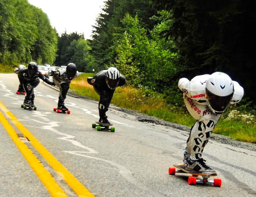 Что такое даунхилл скейты?
