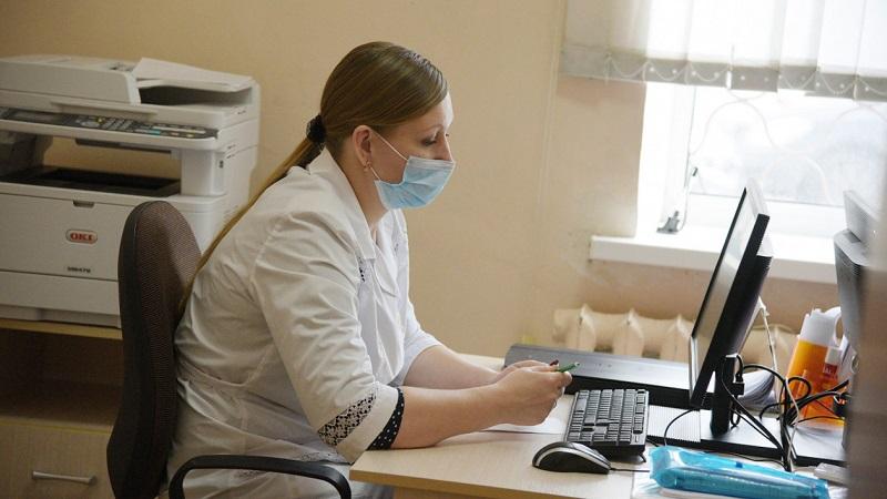 В Александрии лечатся 67 больных коронавирусом и 203 больных пневмонией