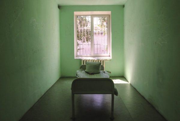 Александрийца, который убил свою бабушку топором, отправят на принудительное лечение