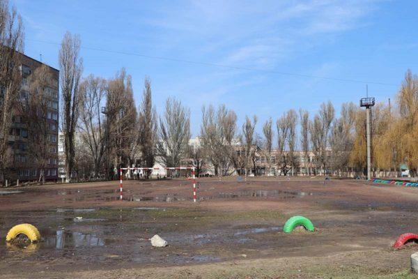 В Александрии возле школы №17 построят футбольный манеж