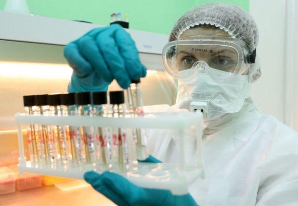 Коронавирус диагностировали еще 23 александрийцам, 57-летняя женщина умерла от COVID-19