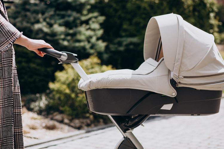 Тонкости выбора детской коляски. Как не ошибиться при покупке