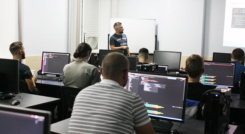 Выбор IT-курсов: особенности образовательного процесса