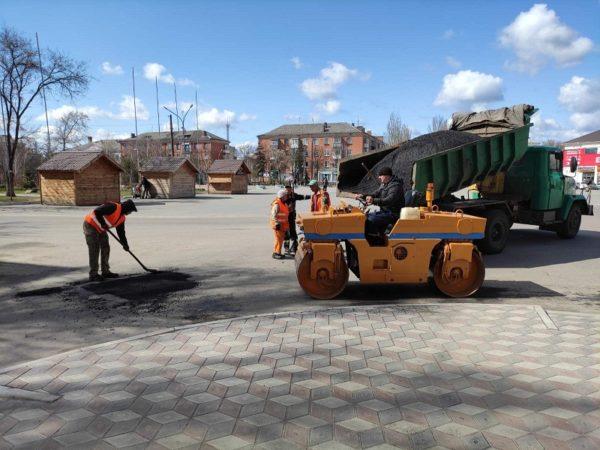 В Александрии на 12 улицах сделали ямочный ремонт дорог