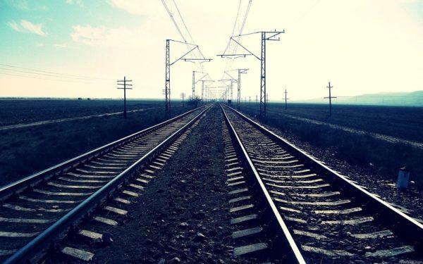 В краже фрагментов креплении железнодорожного пути в Александрийском районе подозревают 22-летнего мужчину