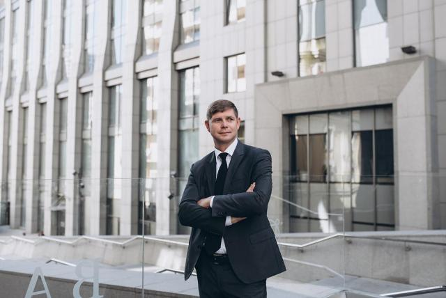 Чекурда Тарас Петрович рассказывает, как он работает с военнослужащими и борется с кризисом