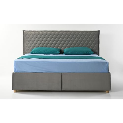 кровать с отропедическим матрасом