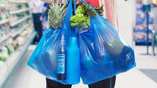 В Украине ограничили использование полиэтиленовых пакетов в магазинах и супермаркетах