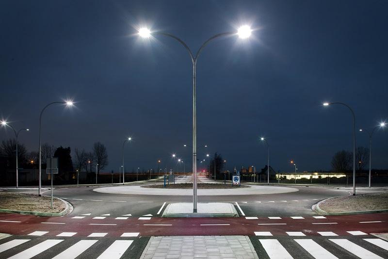 Светильники уличного освещения — разновидности, правила выбора и установки