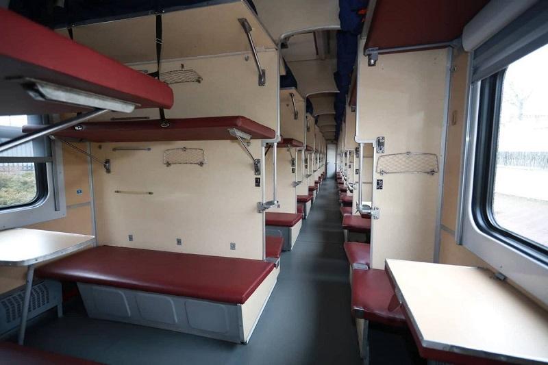 Правоохранители и «Укрзалізниця» выясняют причины смерти пассажира, который упал с верхней полки