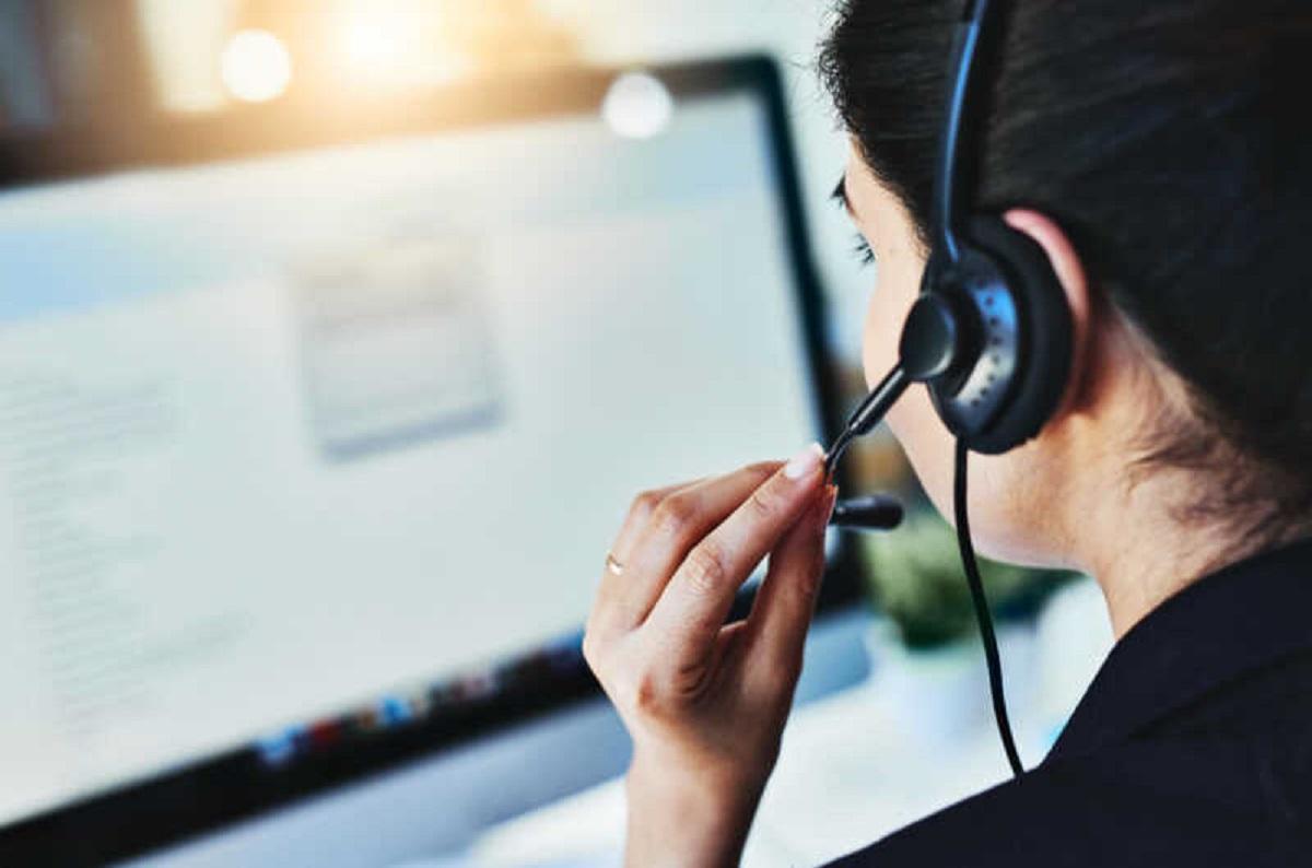 По четвергам июля на звонки горячей линии Пенсионного фонда будут отвечать начальники и заместители отделов