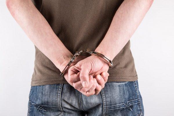 21-летнего жителя Кировоградской области подозревают в развращении несовершеннолетних