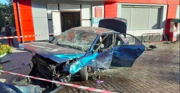 В Александрийском районе водитель Mazda выехала на тротуар и насмерть сбила 27-летнюю девушку